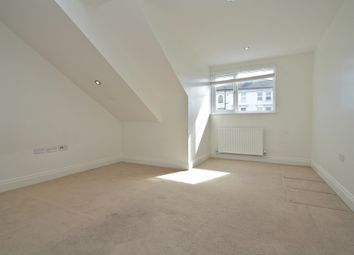Thumbnail 1 bed flat to rent in Fullerton Road, London