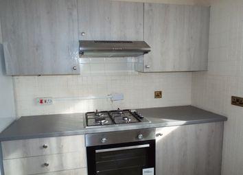 3 bed flat to rent in Cowbridge Lane, Barking IG11