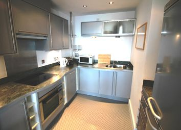 Thumbnail 1 bedroom flat to rent in Sovereign Quay, Havannah Street, Cardiff Bay