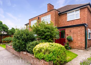 Mayfield Close, Thames Ditton KT7. 2 bed maisonette