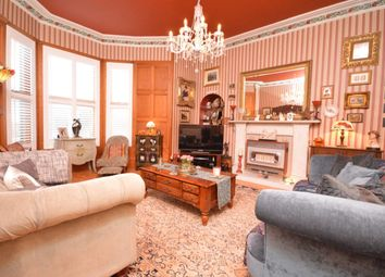 Thumbnail 2 bed flat for sale in Victoria Road, Kirkcaldy