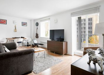 Thumbnail 1 bedroom flat to rent in Seacon Tower, Canary Wharf