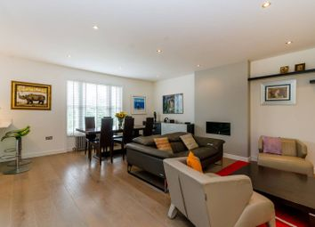 Thumbnail 4 bedroom flat to rent in Rosslyn Hill, Hampstead