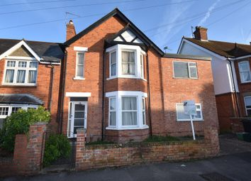Thumbnail 1 bed flat to rent in Kingsbridge Road, Newbury