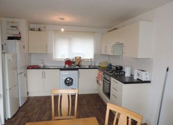 Thumbnail Room to rent in Rm 1, Eyrescroft, Bretton, Peterborough