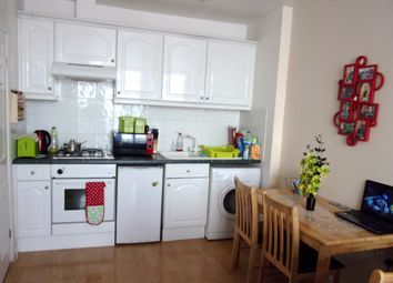 Thumbnail 1 bed flat for sale in Parsons Mead, Abingdon