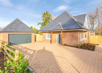 Crookham Hill, Crookham Common, Thatcham, Berkshire RG19. 4 bed detached house for sale
