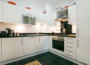 Thumbnail 1 bed flat to rent in Peckham Grove, Peckham, London