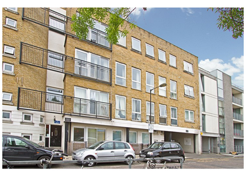 Thumbnail 1 bed flat to rent in Bacon Street, Bethnal Green, London