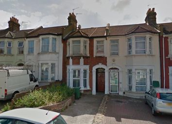 Thumbnail 1 bed flat to rent in Mayfair Avenue, Ilford