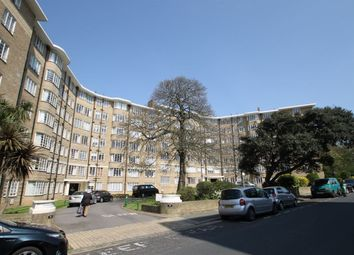 Thumbnail 2 bed flat to rent in Furze Hill, Hove