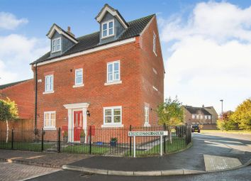 Thumbnail 5 bed detached house for sale in Bonnington Court, Spalding