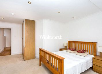 Thumbnail 2 bedroom flat to rent in Golders Green Crescent, London