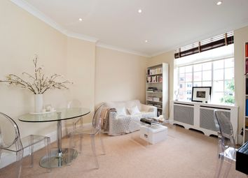 Thumbnail 1 bed flat to rent in Daver Court, Chelsea Manor Street, Chelsea