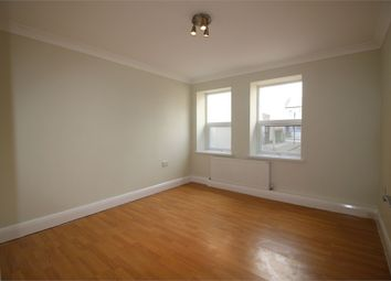 Thumbnail Studio to rent in Buckingham Road, London