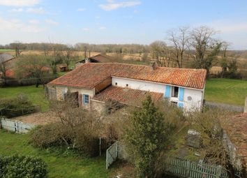 Thumbnail 5 bed property for sale in Champagne Mouton, Poitou-Charentes, France