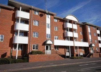 Thumbnail 3 bed flat to rent in Kings Oak Court, Reading