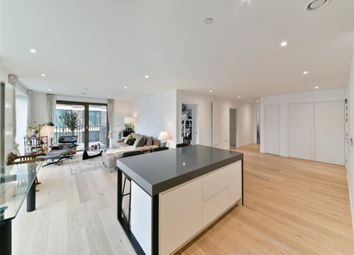 3 bed flat for sale in Pendant Court, Royal Wharf, London E16