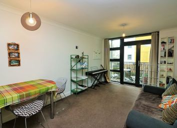 Thumbnail 1 bed flat to rent in Maltings Close, Bow