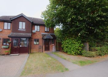 Thumbnail 3 bed flat to rent in Thame Road, Haddenham, Aylesbury