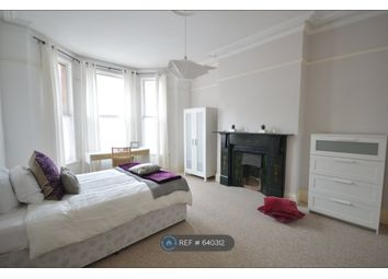 Room to rent in Hillside Avenue, Plymouth PL4