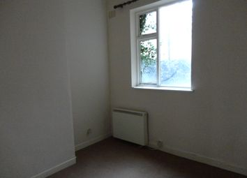Thumbnail 1 bedroom flat to rent in Highfield Street, Leicester