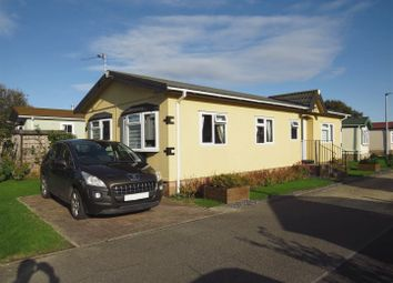 2 bed mobile/park home for sale in Lion House Park, Mill Road, Hailsham BN27