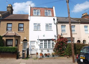 Thumbnail Property for sale in Gresham Close, Enfield