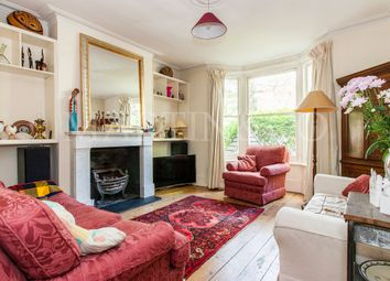 Thumbnail 4 bedroom terraced house to rent in Avenue Road, Brentford