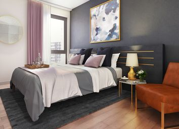 Thumbnail 2 bedroom flat for sale in Embankment West, Manchester