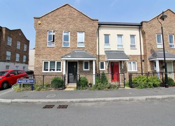 Thumbnail 2 bed property to rent in Vaughan Avenue, Greenhithe