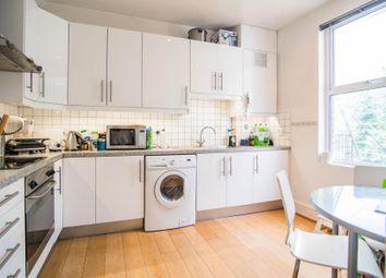 Thumbnail 2 bed flat to rent in Castelnau, Barnes