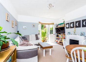 2 bed maisonette to rent in Queens Road, Weybridge KT13