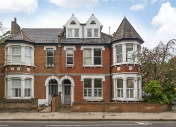 3 bed flat for sale in Strawberry Vale, Strawberry Hill TW1