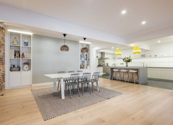 Thumbnail 3 bed flat for sale in Gullivers Wharf, Wapping