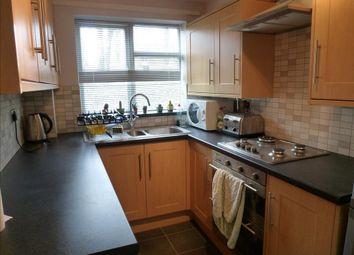 Thumbnail 2 bedroom flat to rent in Kimpton Close, Hemel Hempstead
