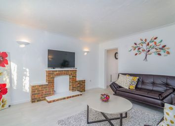 Thumbnail 3 bed flat to rent in Shirley Cl, Gravesend