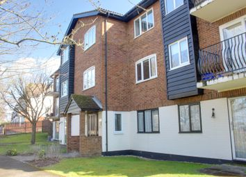 Thumbnail 1 bed flat to rent in Birchend Close, South Croydon