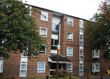 Thumbnail 2 bed flat to rent in Ambleside Gardens, Sutton, Surrey
