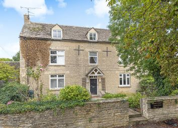 Thumbnail 3 bed flat for sale in Carterton, Oxfordshire