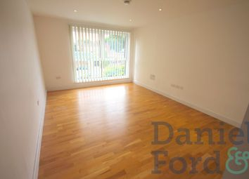 Thumbnail Flat to rent in Zenith Close, Colindale, London