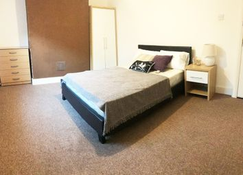 Thumbnail Room to rent in Peacock Street, Gravesend