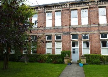 Thumbnail 1 bed flat to rent in Edina Place, Edinburgh