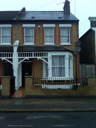 Thumbnail 1 bed flat for sale in Albacore Crescent, Lewsham London