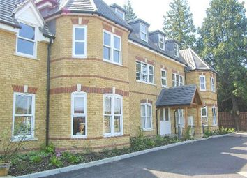 Thumbnail 2 bed flat to rent in Bradbourne Vale Road, Sevenoaks