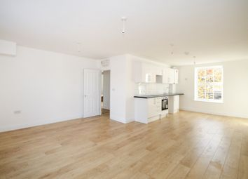 Thumbnail 4 bed flat to rent in Caledonian Road, London, Islington