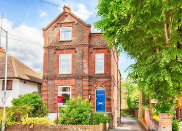 Thumbnail 2 bed flat to rent in Prospect Road, St Albans, Herts