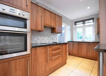 Thumbnail 2 bedroom flat to rent in Ranelagh Gardens, Hurlingham
