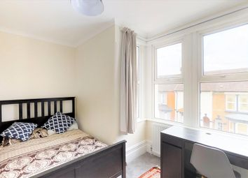 6 bed shared accommodation to rent in St Georges Road, Gillingham, Kent ME7