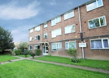 Thumbnail 2 bed flat to rent in Faircroft, London